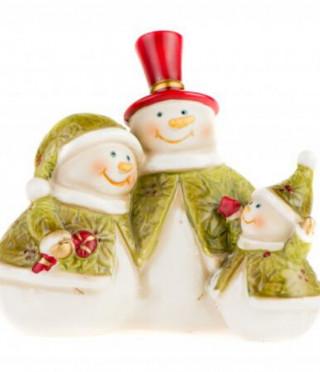 Семейство снежни човечета