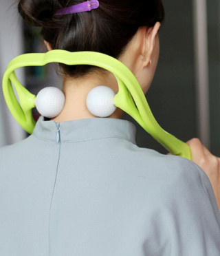 Удобен масажор за врат