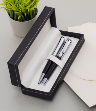 Pen and roller set engraved with text