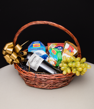 Wine and Cheeses gift basket