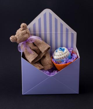 Подаръчен комплект за момченце в кутия плик