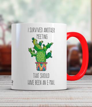 Чаша с кактус и забавен надпис на английски