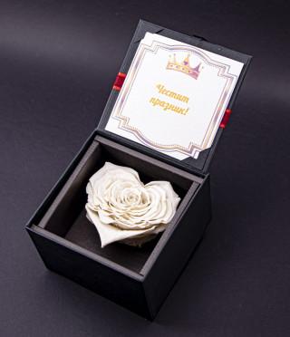 Луксозна вечна роза - бяла