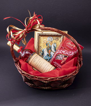 Персонализирана кошница Свети Мина