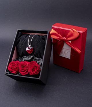 Подаръчен комплект Сърце и рози