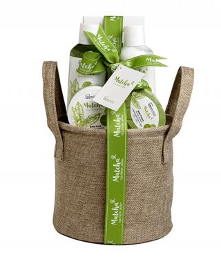 Козметичен комплект със зелен чай матча в конопена кошничка