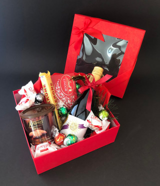 Подаръчна кутия с вино