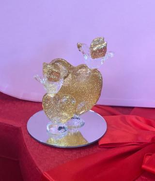 Стъклена фигурка със сърца и гълъбчета