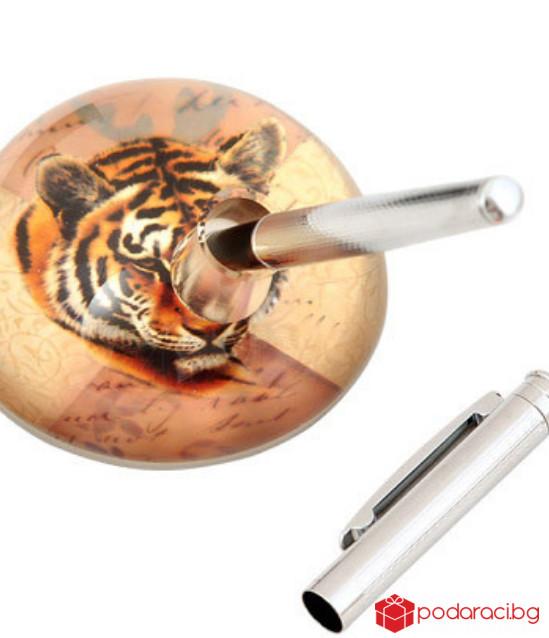 Преспапие тигър с държач за химикал