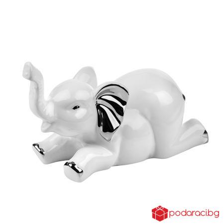 Слонче бяло легнало