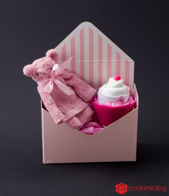 Подаръчен комплект за момиченце в кутия плик