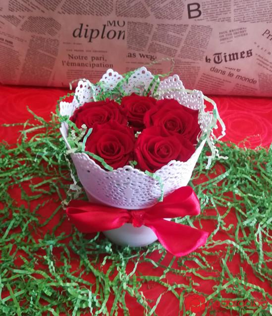 Eternal Roses in vintage pots