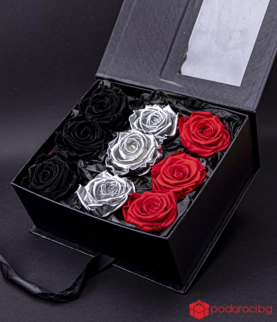 Вечни рози Love forever Silver в черна кутия