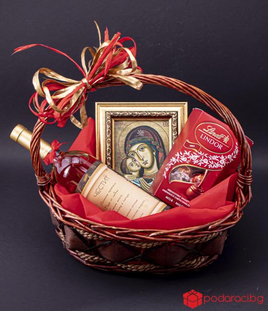 Персонализирана кошница Света Богородица