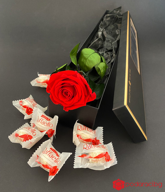 Вечна роза и бонбони