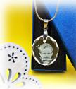 Кристален медальон