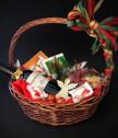 Подаръчна Коледна кошница 66