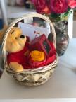 Подаръчна кошница Мечо Пух