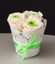 Small lace pot in white with 3 eternal roses