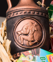 Подаръчна щайга със сирена и вино Зодиак