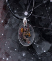 Медальон елипса с парченце от истински метеорит