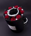 Вечни рози в черно и червено